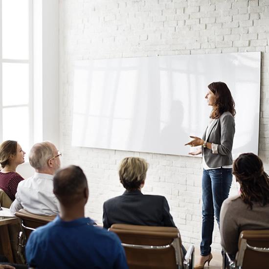 Školenia pre zamestnancov na normy a štandardy | Feiso.sk